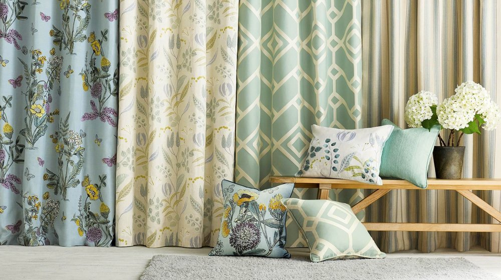 Benefits & tips to buying Readymade Pencil Pleat Curtains